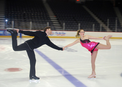 kailey-stewart-and-robert-fourgeremon-ice